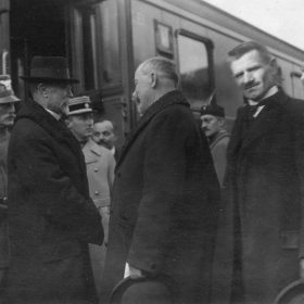 100 Years Ago – December 1918 – Tomas Masaryk on return from Exile
